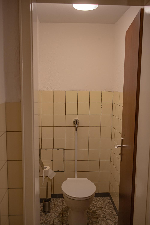 Helle WC Kabine